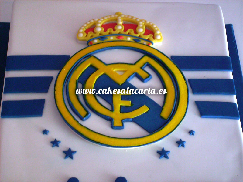 Tarta real madrid para sergio y mario cakes cupcakes y for Correo real madrid